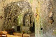 monolithic-church-interior