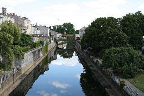 Canal in centre of Fontenay-le-Comte
