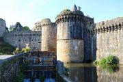fougeres-castle-moat