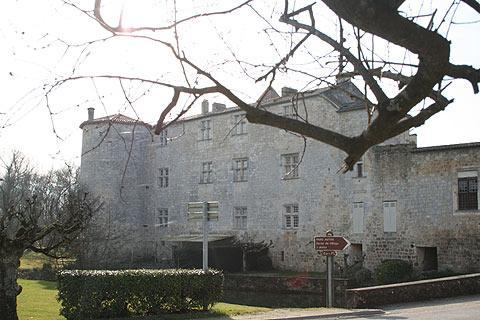 village de Fourcés en Gascogne