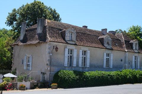 Maison Chastenet, Issac