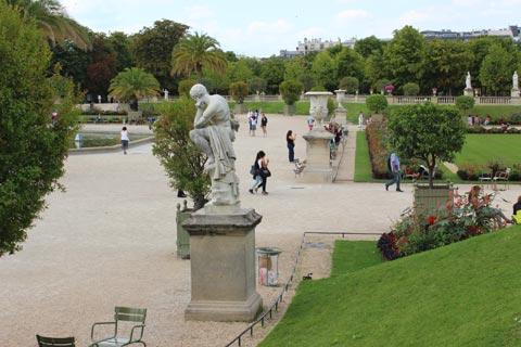 Photo gallery for jardin du luxembourg for Buvette des marionnettes du jardin du luxembourg