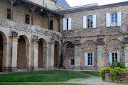 la-reole-abbey-cloisters