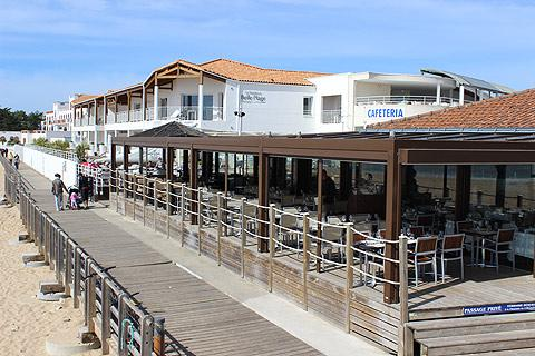 Cafe and promenade in the centre of La Tranche-sur-Mer