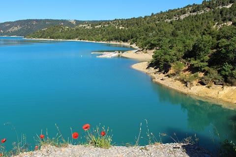 the lac de sainte croix france is a popular leisure lake in provence