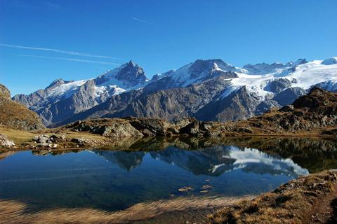 Ten of the most beautiful lakes in france sciox Image collections