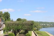 chateau-gardens-and-river