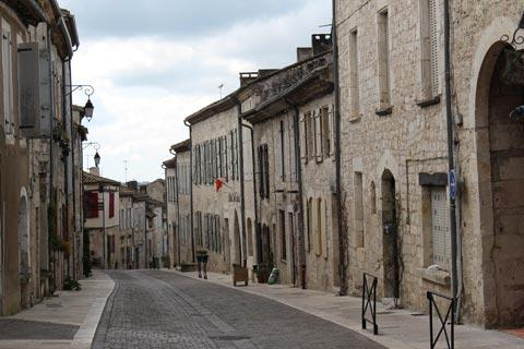 picturesque street in centre of Lauzerte