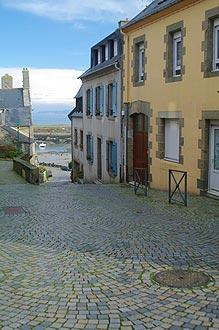 street in centre of Le Conquet