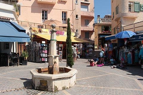 Town centre in Le Lavandou