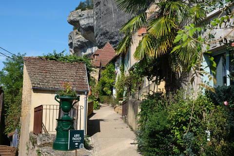 Rue du Moyen Age