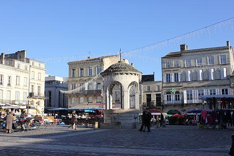Libourne Place principale