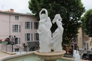 town-hall-statues