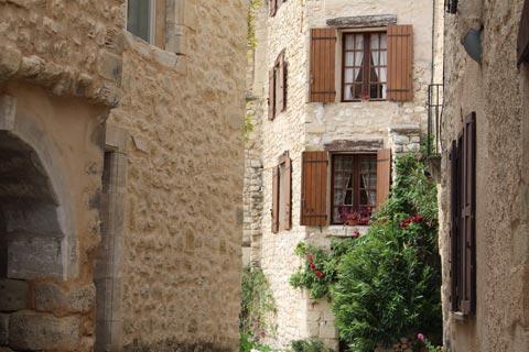 Maisons en pierre au cœur de Lurs