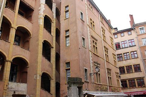 vieux lyon arrondissement