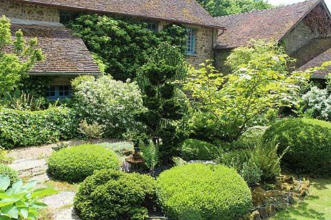 Le Jardin calme des jardins de la Mansonière