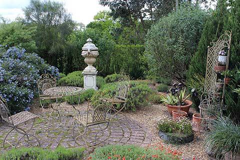 Le Patio jardin, Les Jardins de la Mansoniere