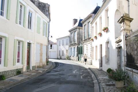 Rue de Marans