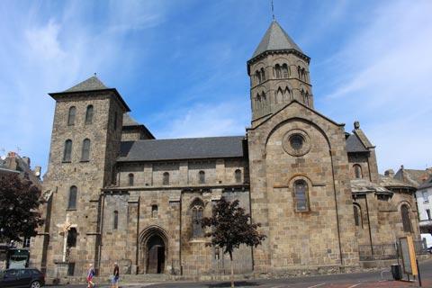 Basilique Notre-Dame à Mauriac, Auvergne