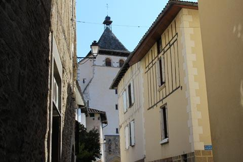 Church and medieval houses in Maurs town centre