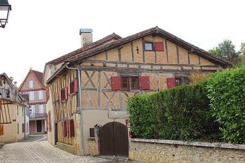 Grande Rue à Mauvezin d'Armagnac