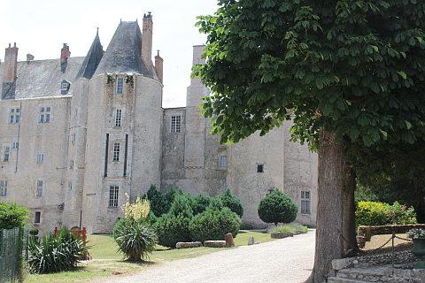 Meung sur Loire chateau
