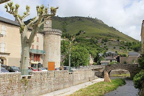 Tour médiévale dans le centre-ville de Meyrueis