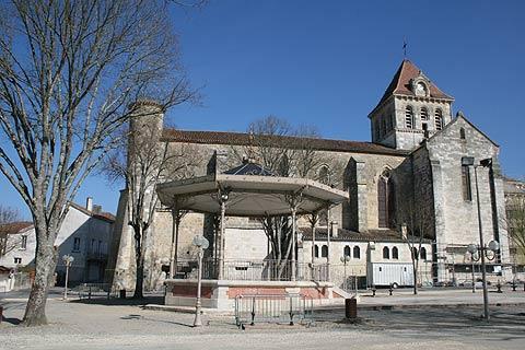 Centre du village de Mezin
