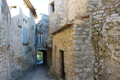 ancient houses in Montclus village