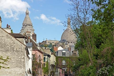 quiet street in Montmartre