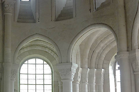 Details of arches in the apse of Morienval abbey
