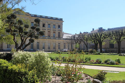 jardins du Musee des Beaux Arts Bordeaux