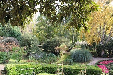 l'arboretum de Nanteuil-en-Vallee