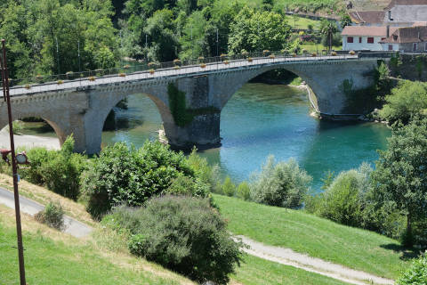 bridge in Navarrenx