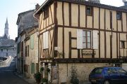 nerac-medieval-building
