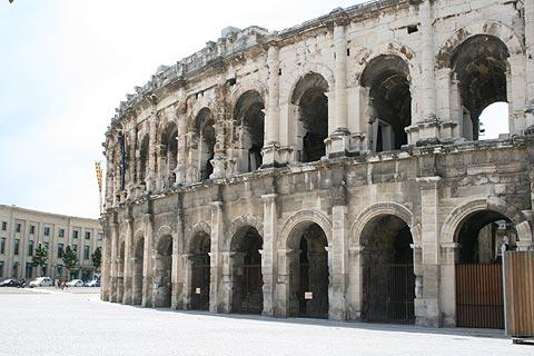 Nimes amphithéâtre