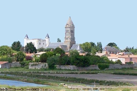 View to church and castle in Noirmoutier-en-Ille