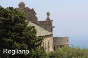 rogliano-scenery-and-sea