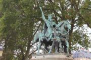 statue-charlemagne