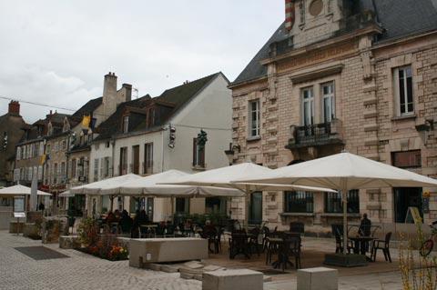 café de Nuits-Saint-Georges