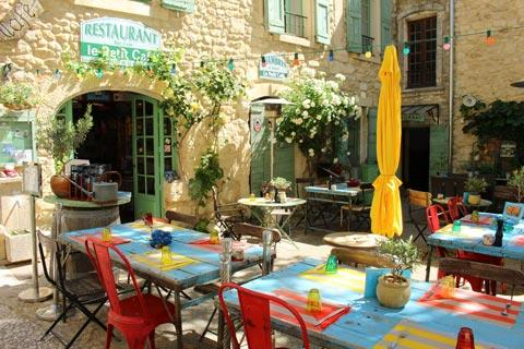 Cafe in historic centre of Oppede-le-Vieux