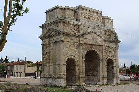 Arc de Triomphe in Orange