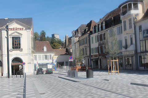Place Saint-Pierre in Orthez