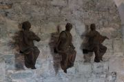 beauport-abbey-statues