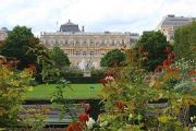 palace-and-gardens-2