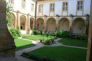 paray-le-monial-cloister
