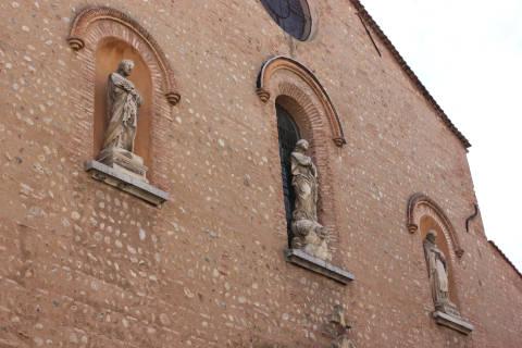Statues de la façade du palais des rois de Majorque