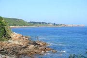 view-coast-and-rocks