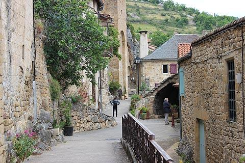 peyre village places sightseeing tourism nearby map
