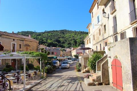 main street in Piana